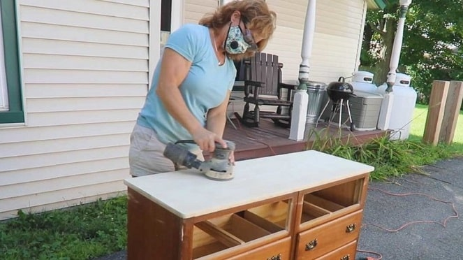 Preparing Wood Furniture For Painting